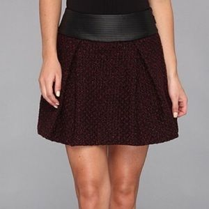 BCBG Tweed Faux Leather Pleated Mini Skirt Size 0